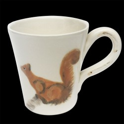 Majolica mug Squirrel