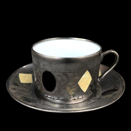 Tasse à déjeuner et sous tasse gravée collection Medicis