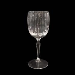 Verre à eau en cristal côtelé