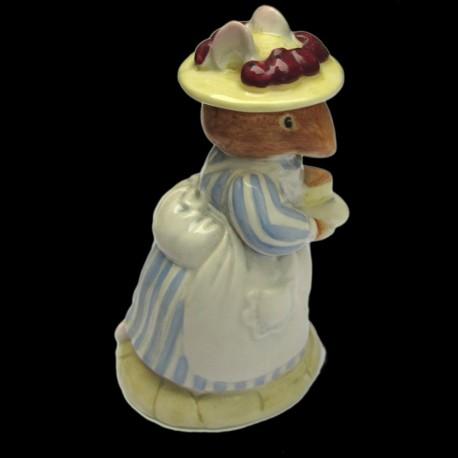 """Beatrix Potter Souris et part de gâteau """"Mrs Apple"""" 9,5 cm"""